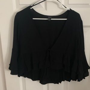 Forever 21 Tops - Forever 21 tie crop top.